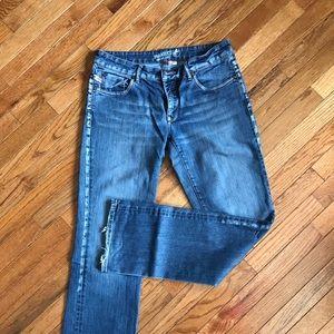 Women's jeans!